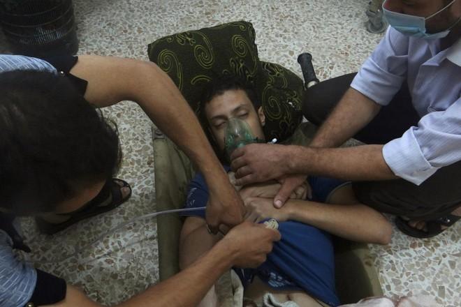 Mỹ nhìn ra điểm yếu của Assad và kịch bản hoàn hảo loại bỏ ông không tốn một viên đạn  - Ảnh 1.