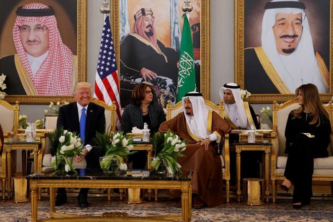Những tính toán đằng sau 350 tỷ USD Tổng thống Trump kiếm được cho Mỹ từ Ả rập Xê-út - Ảnh 2