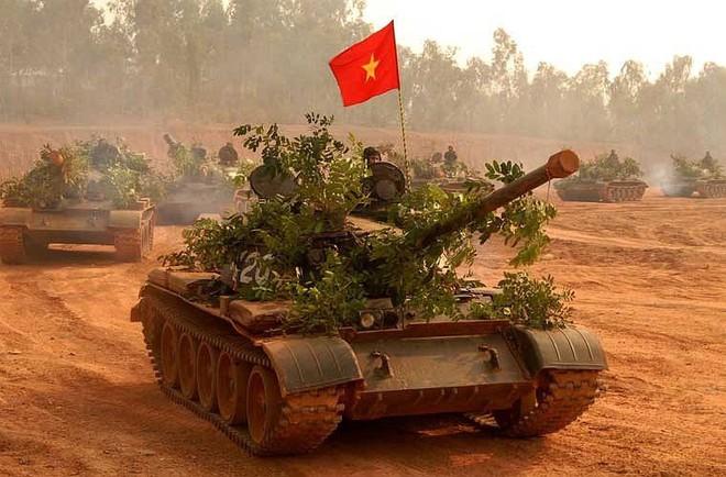 Đừng cười châu chấu đá xe: Tăng T-54 Việt Nam đối đầu M48 Mỹ - Mèo nào cắn mỉu nào? - Ảnh 4.