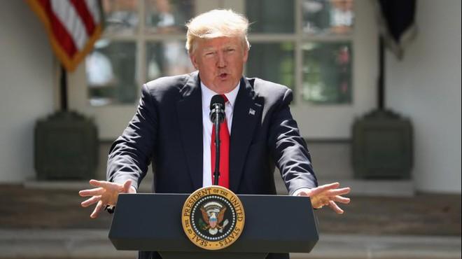 Rút khỏi thỏa thuận khí hậu, Mỹ đang nhường đường cho Trung Quốc vươn lên vị trí dẫn đầu 1
