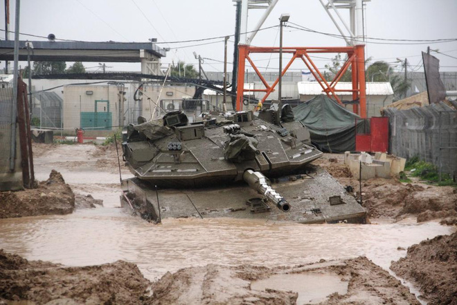 Cứu kéo xe tăng - Những chuyện dở cười, dở khóc - Ảnh 3.
