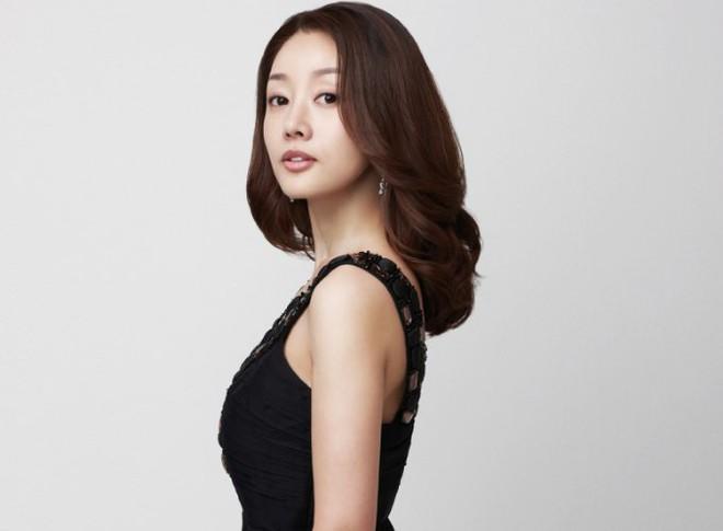 """""""Thành thật với tình yêu"""" sau 18 năm: Những ông hoàng, bà chúa giàu sang bậc nhất màn ảnh Hàn - Ảnh 10"""