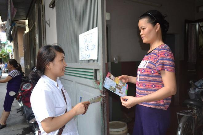Báo động số ca mắc sốt xuất huyết tăng vọt gấp 4 lần ở Hà Nội - Ảnh 2.