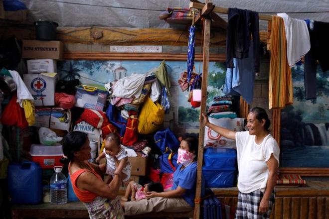 Hình ảnh cuộc sống khó khăn của người dân Marawi trong trại tị nạn - Ảnh 7.