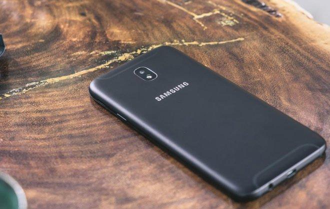 Không Phải Là Một Bản Cập Nhật Galaxy J7 Pro Là Một Sản