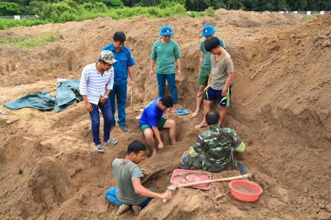 Tìm thấy 21 hài cốt liệt sĩ tại chiến khu Tam Giác Sắt - Ảnh 1.