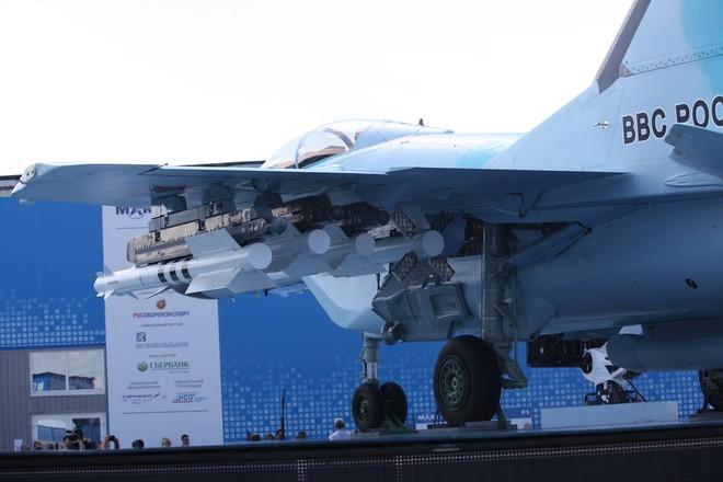 Từ Nga: Loạt ảnh cận cảnh MiG-35 lần đầu lộ diện tại MAKS 2017 - Ảnh 10.