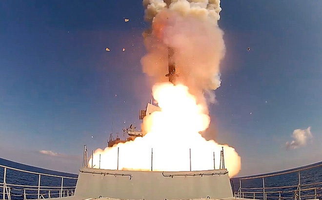 """Tên lửa Nga đang phát triển có thể tự tìm đến mục tiêu khiến đối thủ """"lạnh gáy"""""""