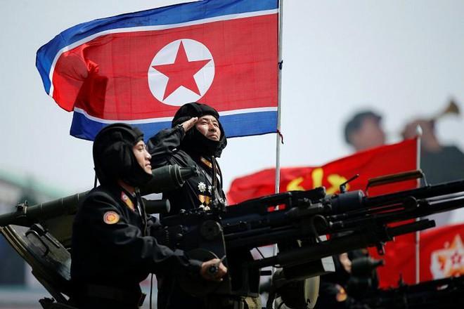 Đại sứ Nguyễn Ngọc Trường nhận định khả năng chiến tranh Mỹ - Triều Tiên - Ảnh 1.