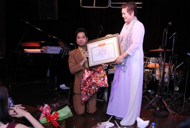 Ngọc Sơn được phong tặng Giáo sư âm nhạc: Không hiểu ai nghĩ ra, thật vui tính! - Ảnh 2.