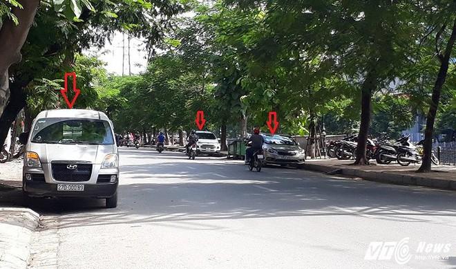 Ông Đoàn Ngọc Hải tiếp tục ra quân dẹp vỉa hè ở TP.HCM, Hà Nội thì sao? - Ảnh 2.