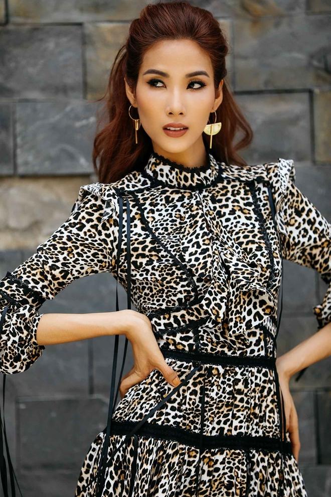 Bị chê không có vẻ đẹp hoa hậu, Hoàng Thùy lấy tiêu chí Miss Universe dạy dỗ anti-fan - Ảnh 2.