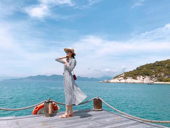 Hé lộ hậu trường chụp ảnh cưới của Hoa hậu Đặng Thu Thảo và bạn trai đại gia - Ảnh 2.
