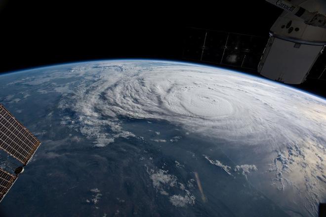 Phát hiện nguyên nhân kích hoạt sức tàn phá khủng khiếp của siêu bão Harvey - Ảnh 3.