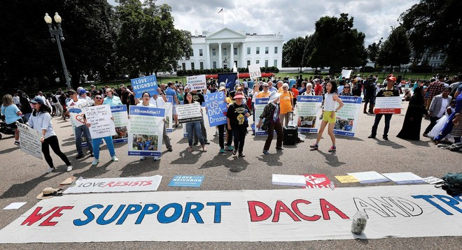 Chính quyền Trump chính thức hủy bỏ chương trình nhập cư quan trọng DACA của Obama - ảnh 1
