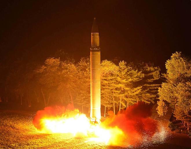 SCMP: Triều Tiên sẽ trở thành một thế lực hạt nhân, Trung Quốc đã lực bất tòng tâm - Ảnh 2.