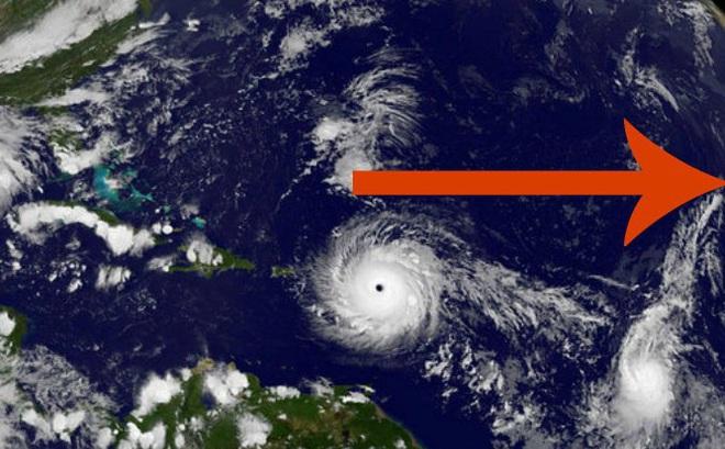 Vị trí bí ẩn hình thành hai siêu bão Harvey và Irma. Ảnh: NASA
