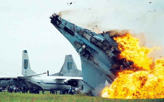 Tai nạn bí ẩn: Trung tá Mỹ thiệt mạng khi thử nghiệm máy bay Nga gần Vùng 51?