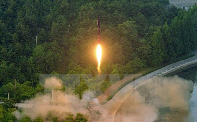 Phản ứng của Việt Nam trước việc Triều Tiên phóng tên lửa đạn đạo