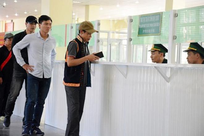 Quân đội Việt Nam và Trung Quốc phối hợp tổ chức diễn tập liên hợp chống khủng bố - Ảnh 2.