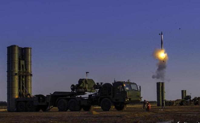 """NÓNG: Tên lửa S-400 tối tân của Nga """"thọc vào"""" Saudi Arbia: Bất ngờ lớn"""