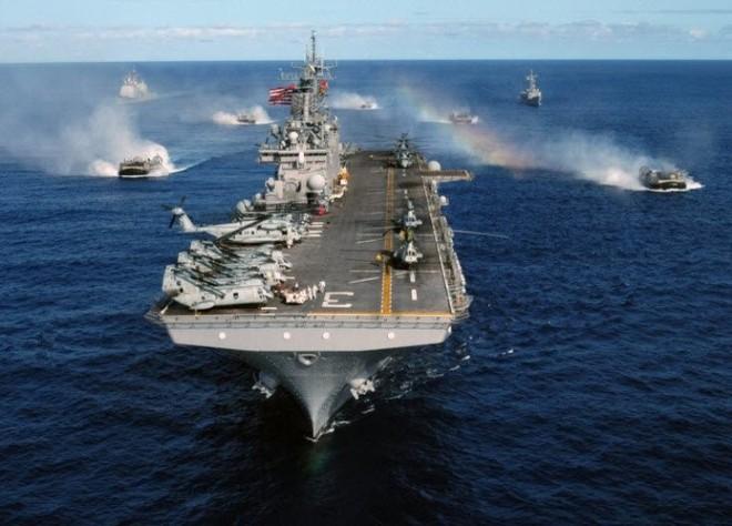 Hải quân và Thủy quân lục chiến Mỹ hợp tác đối phó Trung Quốc - Ảnh 1.