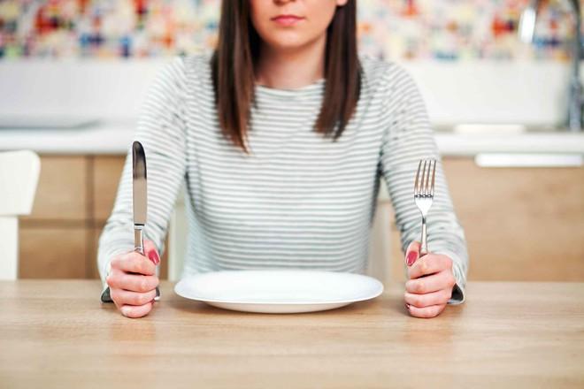 Bỏ bữa sáng: Thói quen có thể làm tăng nguy cơ mắc căn bệnh gây tử vong hàng đầu thế giới - Ảnh 1.