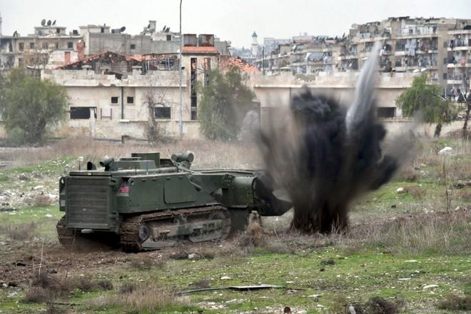 QĐ Nga quét sạch thần chết khỏi 10.000 tòa nhà ở Syria: Chiến công thầm lặng - Ảnh 1.
