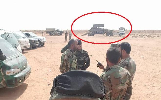 """QĐ Syria tung """"bão lửa"""" TOS-1A vào trận, san phẳng và hủy diệt trung tâm cuối cùng của IS"""