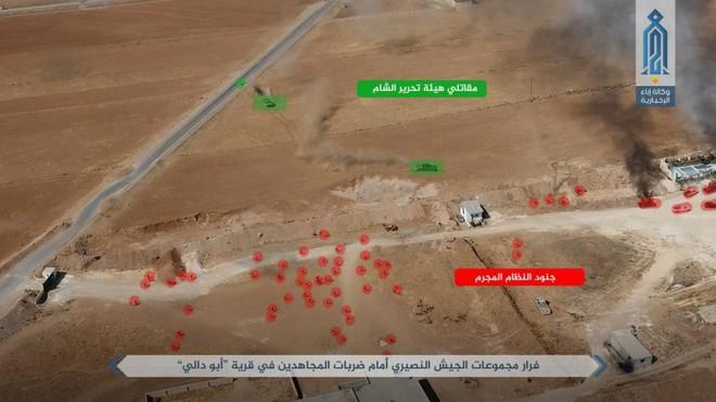 NÓNG: QĐ Syria tháo chạy ở bắc Hama, khủng bố bắt sống 1 xe tăng T-72 và 2 xe chiến đấu - Ảnh 1.
