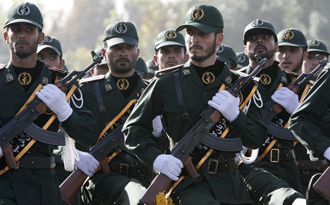 """Bị dọa liệt vào hạng khủng bố, lực lượng Iran muốn """"dạy cho Mỹ bài học mới"""""""