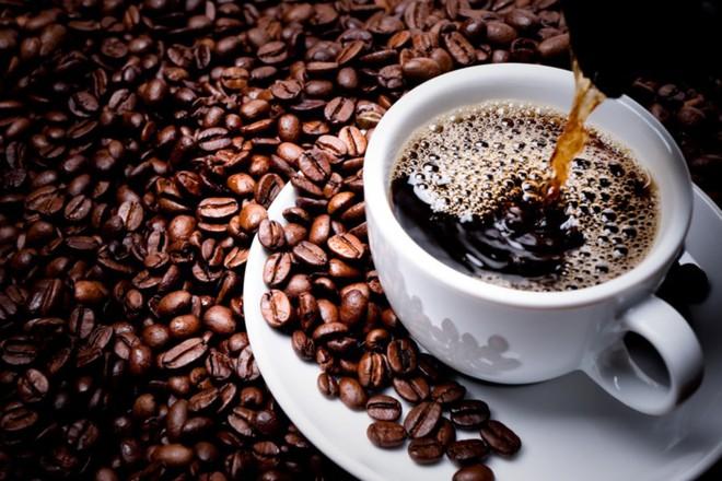 Nguy cơ tử vong cao vì uống cà phê quá nhiều - ảnh 2