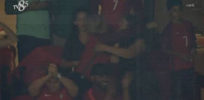 Sự thật mâu thuẫn giữa mẹ Ronaldo với Georgina - Ảnh 1.