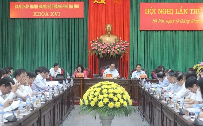 """Chủ tịch TP Hà Nội: Chắc chắc sẽ cắt giảm 5 """"siêu ban"""" người nhiều hơn việc"""