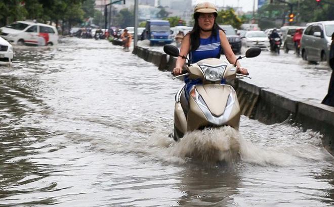 không ít con đường ở Sài Gòn bỗng dưng biến thành sông