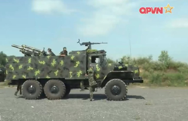 CNQP Việt Nam bàn giao pháo tự hành cơ động mẫu mới nhất chế tạo trong nước về đơn vị - Ảnh 2.