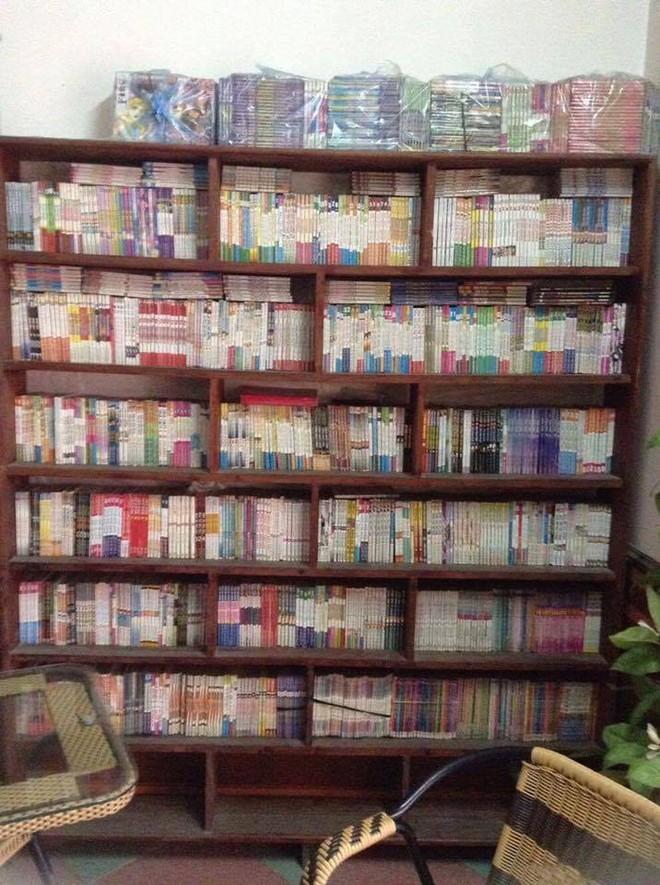 Thanh niên nhịn ăn sáng suốt 16 năm để mua hơn 6000 quyển truyện tranh - ảnh 2