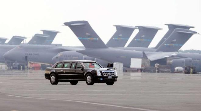Đội hình xe hộ tống Tổng thống Mỹ: Vì sao được gọi là Nhà Trắng bọc thép di động? - Ảnh 2.