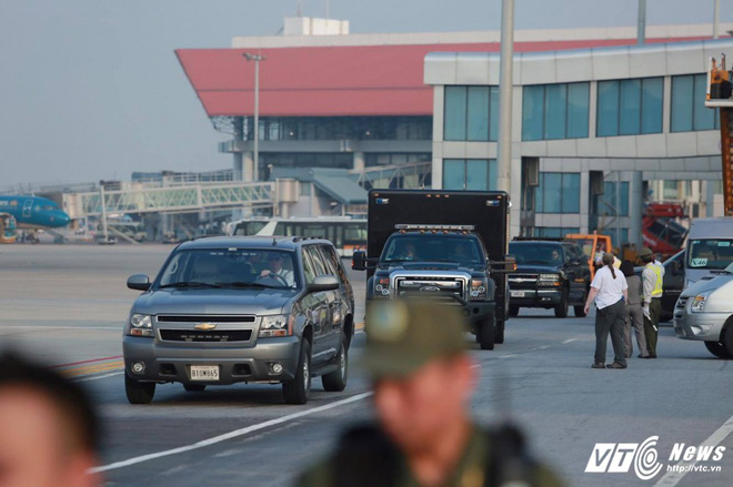 Chiếc xe trông rất bình thường nhưng cực kỳ quan trọng trong đoàn hộ tống Tổng thống Mỹ - Ảnh 2.