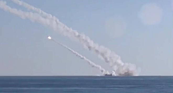 Nga-Syria chiến thắng, IS sụp đổ: Bài học cay đắng và muộn màng cho Mỹ-NATO! - Ảnh 1.