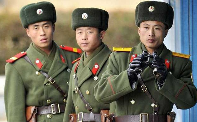 Định đào tẩu sang Hàn Quốc, binh sỹ Triều Tiên bị bắn