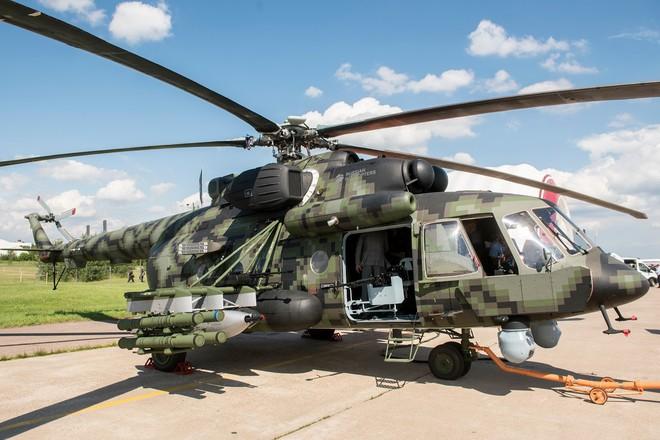 Mỹ ngậm đắng nuốt cay đi mua trực thăng Nga: Chuyện cười tới hơn... 2 lần! - Ảnh 2.