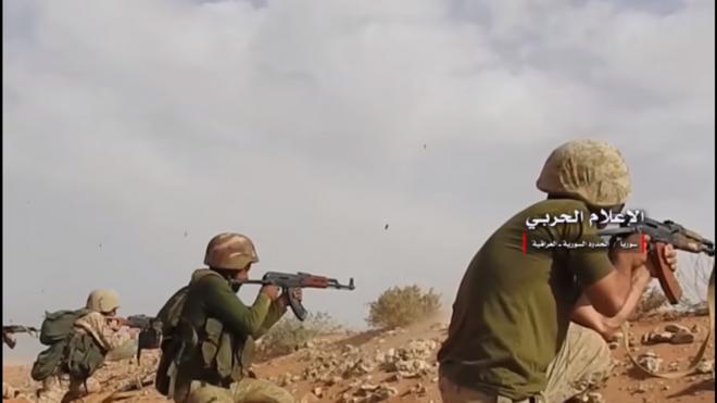 Bị đánh bật ở Abu Kamal: Nga-Syria thua vì nóng vội và hở sườn, không phải do Mỹ thả IS? - Ảnh 1.