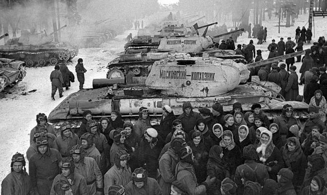 Quyết định sinh tử: Moscow sắp thất thủ, tại sao Stalin không di tản? - Ảnh 4.