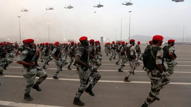 Chuyên gia cảnh báo viễn cảnh kinh tế thế giới sụp đổ từ cuộc chiến Iran - Ả Rập Saudi - Ảnh 1.