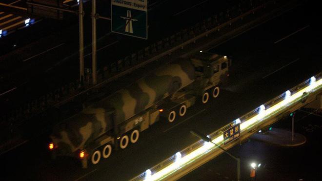 CẢNH BÁO: Trung Quốc sắp biên chế tên lửa có thể tấn công bất cứ nơi nào trên thế giới - Ảnh 1.