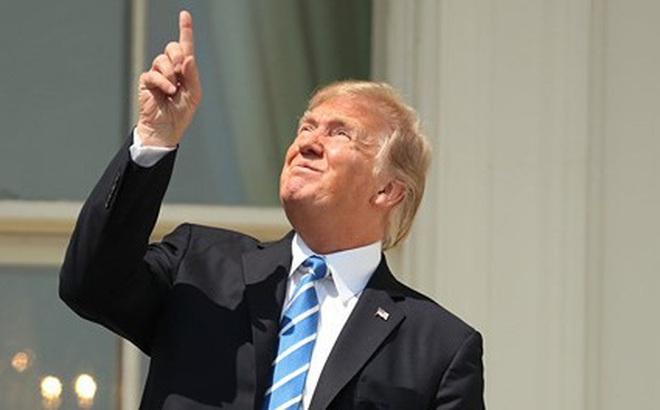 """Ông Trump nói từ chối đề cử """"Nhân vật của năm"""" do Time bình chọn"""