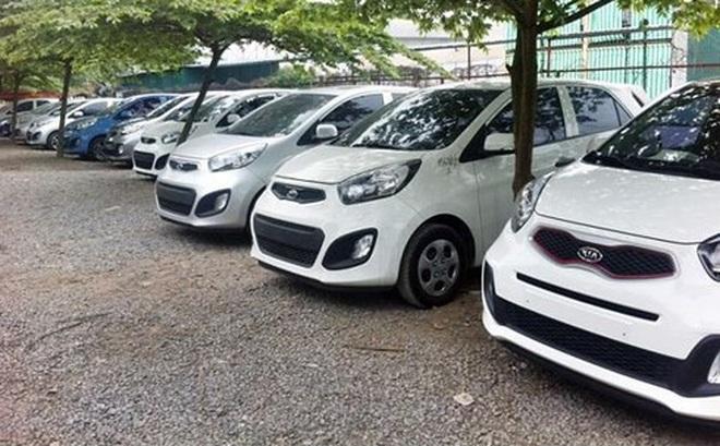 Tháng 11 Việt Nam chi 200 triệu USD nhập 7.000 xe ô tô
