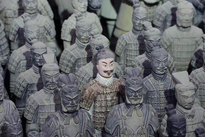 Sự thật tàn khốc ẩn sau lăng mộ kỳ bí và hoành tráng của Tần Thủy Hoàng - Ảnh 6.