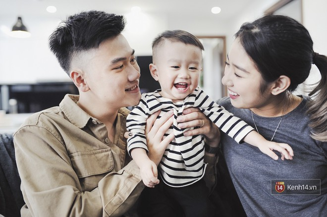 Gia đình trong mơ Trang Lou - Tùng Sơn: Có con là điều khó khăn nhất nhưng cũng hạnh phúc nhất! - Ảnh 1.